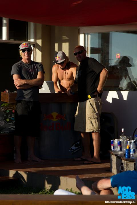 red_bull_party_-_endless_summer_beachhouse-1-2.jpg