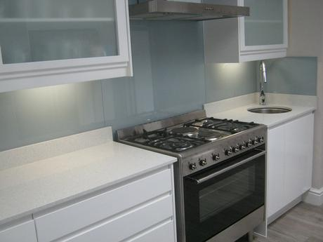 Chroma interiors splashbacks cape town for Kitchens cape town