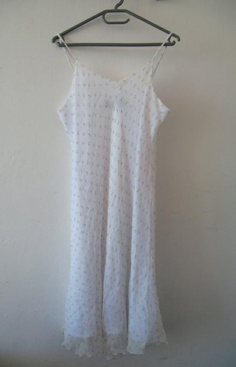 Old dress used by UNkNOWN for outfit in Image 8.