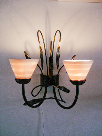 Leaf wall sconce with porcelain shades
