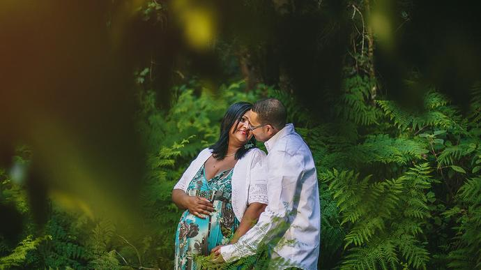Forest Maternity Portraits.