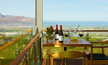 waterkloof_balcony_table_setting_view_lr.jpg