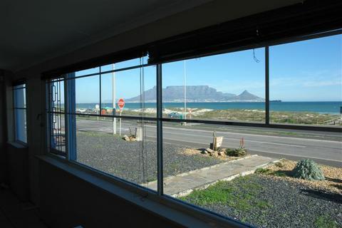 the_beach_house_025.jpg