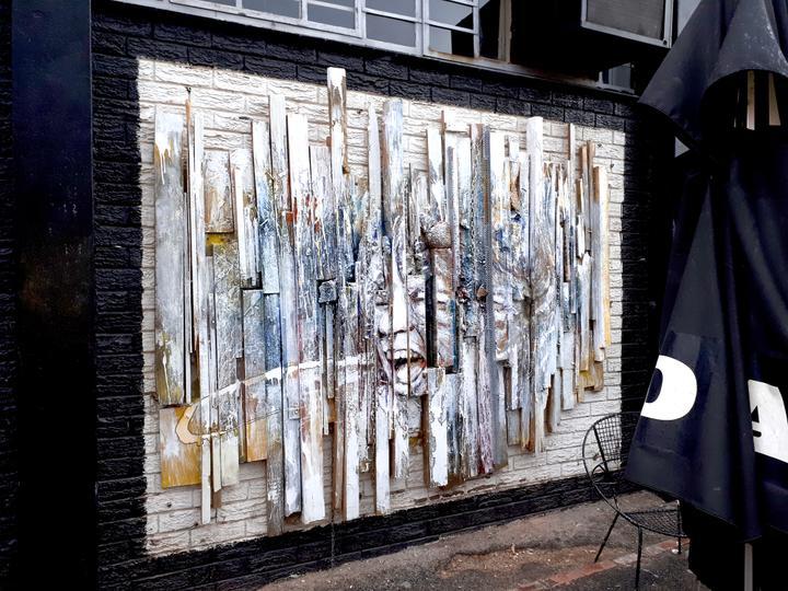 Mural @ The Dog's Bollocks burger joint (Roodehek Str, Gardens, Cape Town)