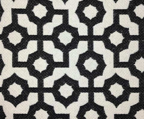 Mosaic col. Black / White