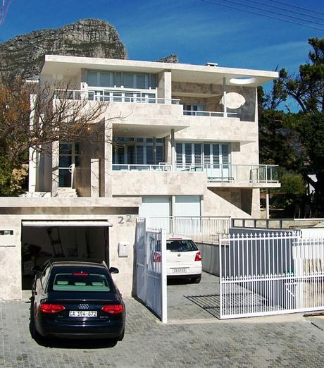 22 Houghton Rd Camps Bay