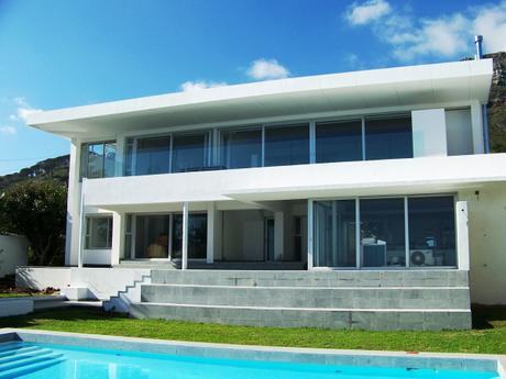 10 Comrie Rd Camps Bay GOOGLE  > Villa Maxima.co.za