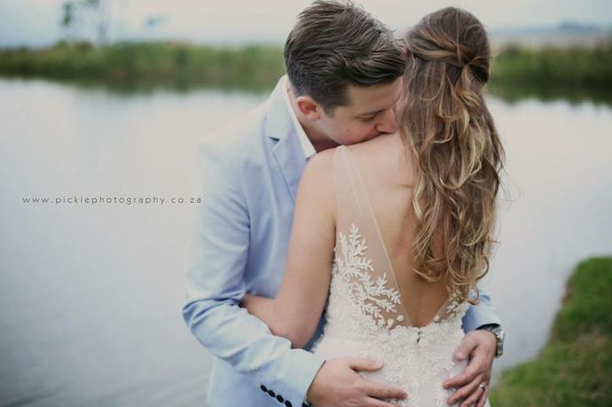 Sneak Peak - Mark & Derryn's Wedding by Pickle Photography