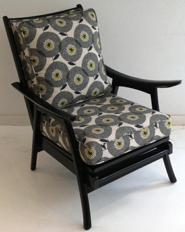 Vintage Arm Chairs in Skinny la Minx - Peonies