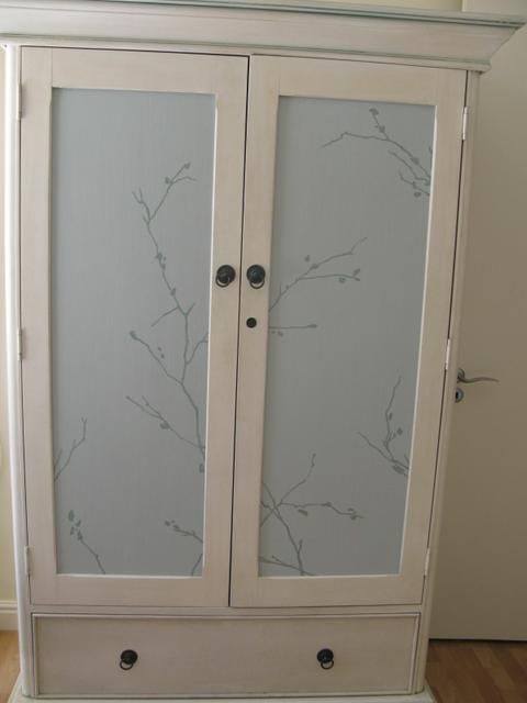 House Silva: doors with hand-painted design