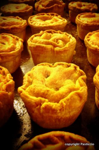 pasticcio_pork_pies.jpg