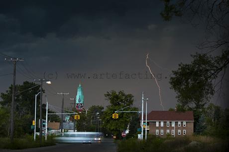 Lightning over the Hood