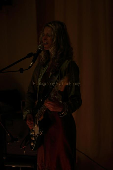 Sannie Fox at Kimberley Hotel, Cape Town 20120810 [56010]