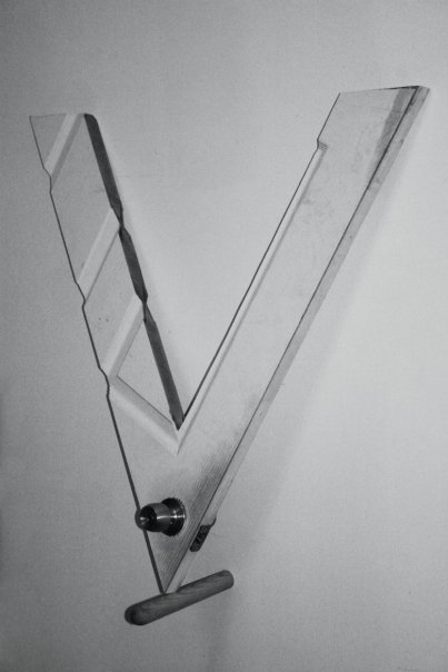 V (break on through)  2008