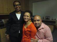 Lindi with her mom and brother