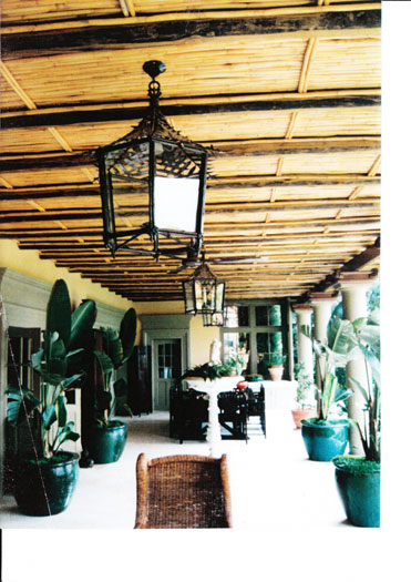Forged bamboo lantern with leaf roof