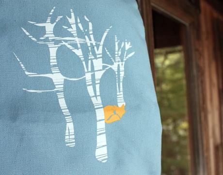 thumbnail for Detail of Illustration—Squam Art Workshops bag 2011