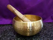 brass,handbeaten,medium R695
