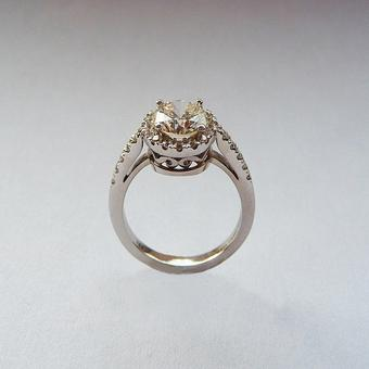 thumbnail for Champagne diamond in white gold ring