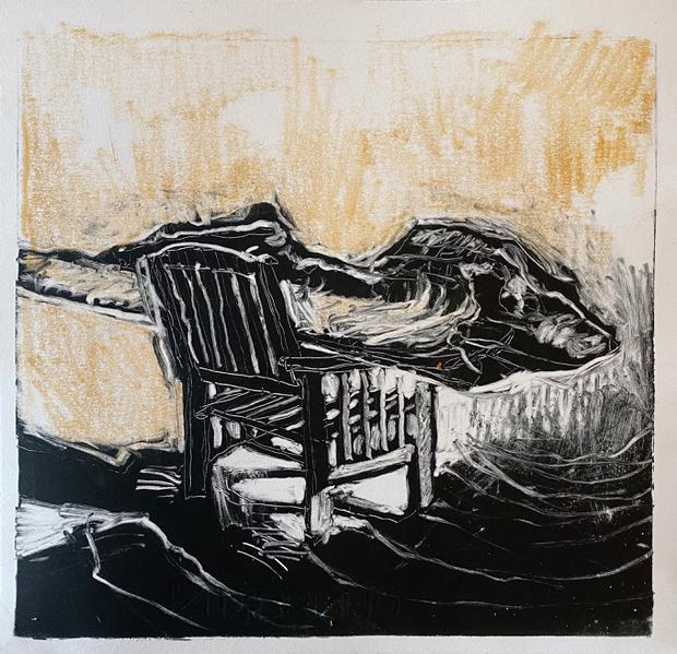 Broken boat, seated
