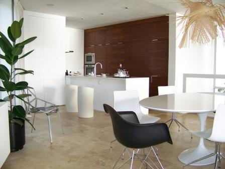 94a Geneva Dr kitchen by Alexander Geh