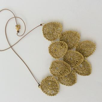 thumbnail for Dollops necklace in gold