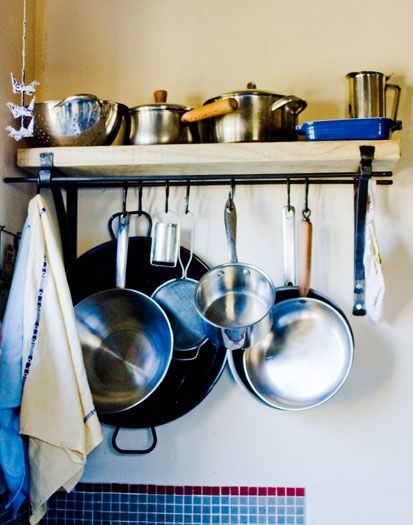 Pot rack with two brackets, two hanging rails, six butcher hooks and pine shelf