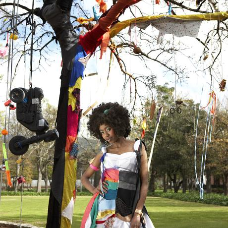 thumbnail for Oak Couture - Scraps Close-up: