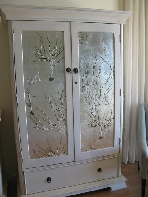 House Silva: silver leafed doors with hand-painted coral design