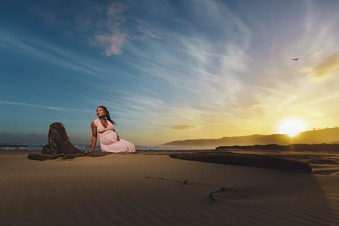 Beach Sunset Maternity Shoot - Tizi & Itu